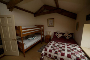 Coach-House-Master-Bedroom
