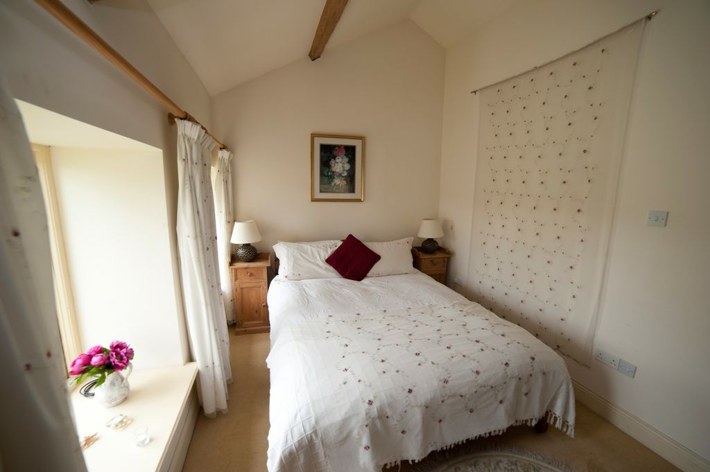 Coach House Master Bedroom Rent An Irish Castle Ballyhannon Castle