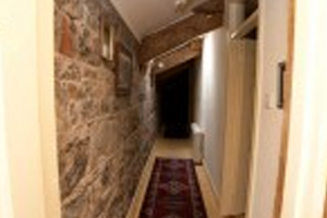 upstairs-castle-hallway
